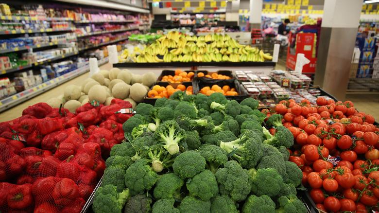 Aldi produce aisle