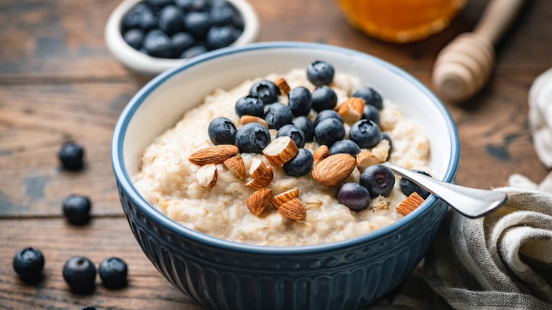 Oatmeal breakfast with blueberries