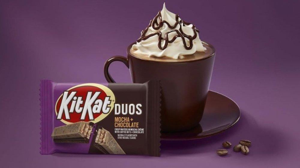 Kit Kat DUOS candy bar Mocha + Chocolate