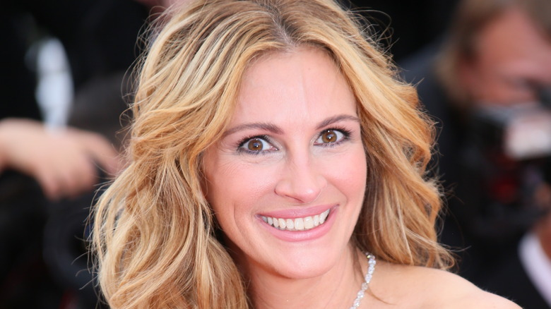 Julia Roberts smiling on the red carpet