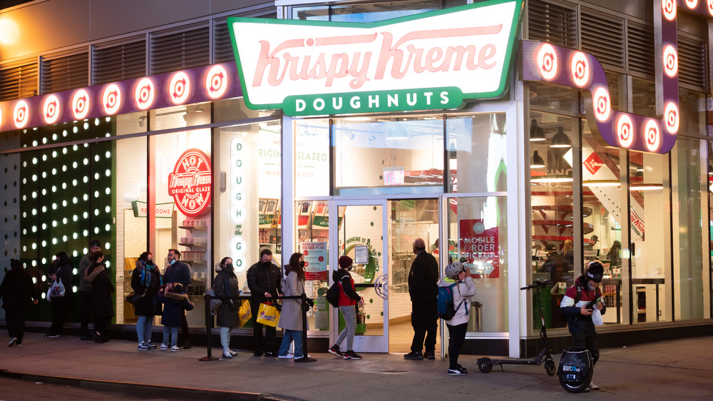 Krispy Kreme shop with line outside
