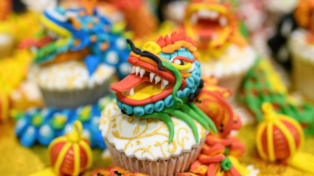 Chinese decorations on cupcakes
