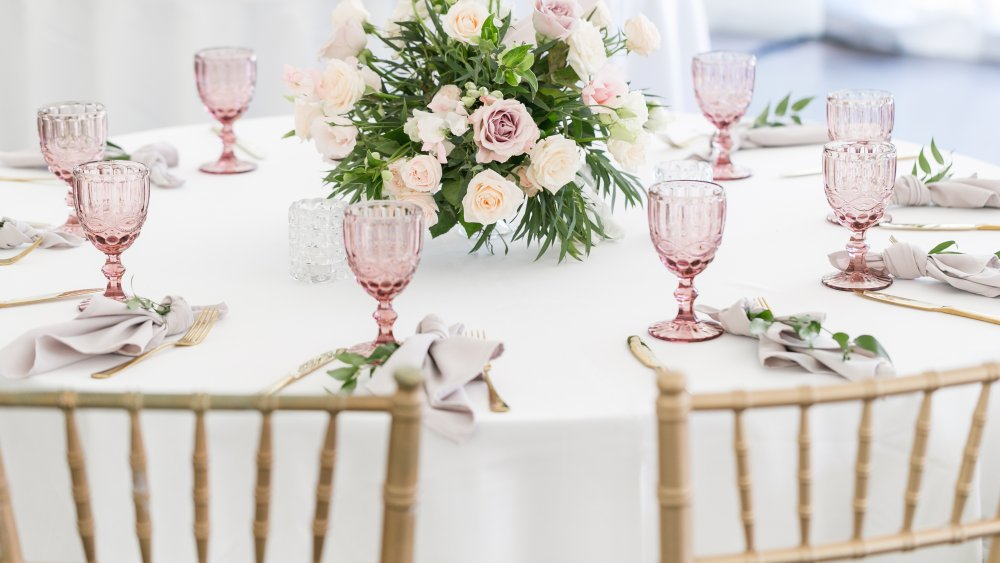 white tablecloth dining