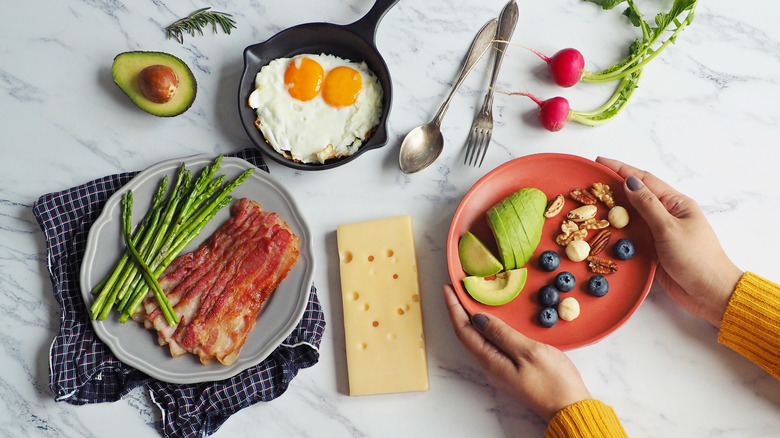 Ketogenic meal preparation