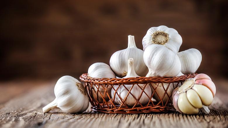 basket of garlic bulbs