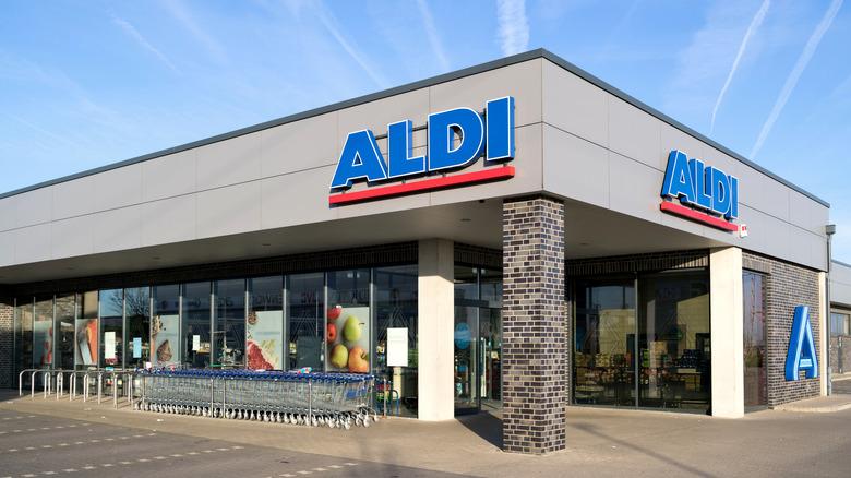 Aldi building with carts