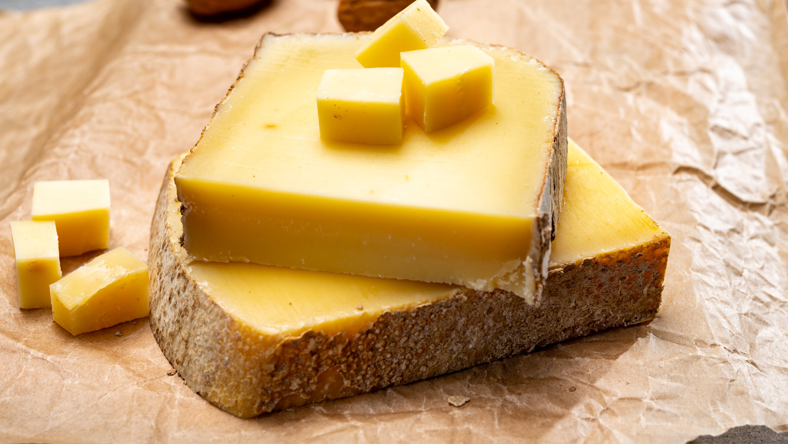 ชีสมีกี่ประเภท กรูแยร์ ชีส Gruyere cheese
