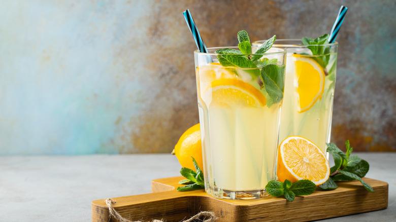 Glasses of lemonade with mint