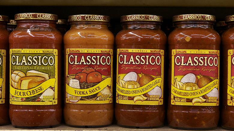 row of pasta sauce jars