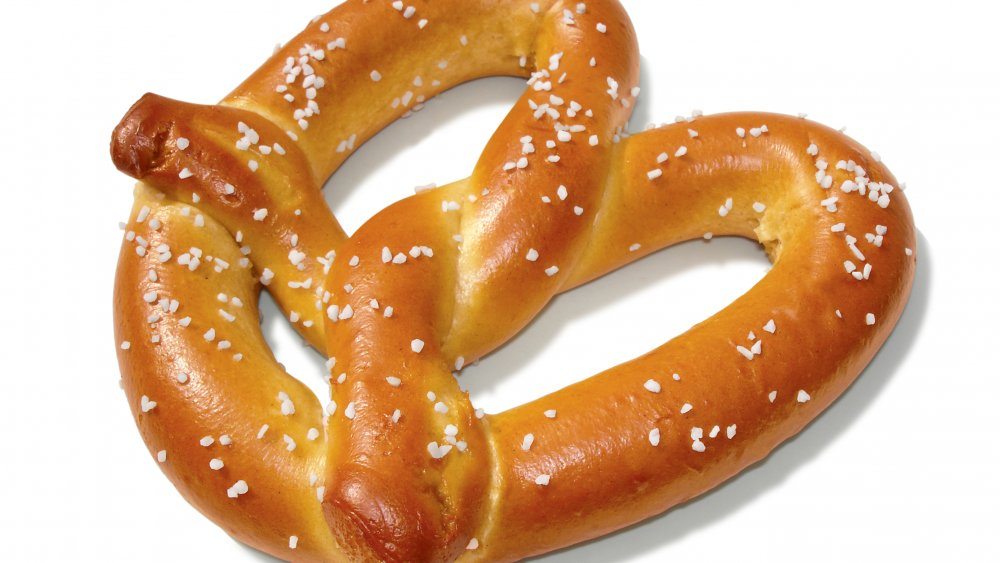 classic soft pretzel with salt