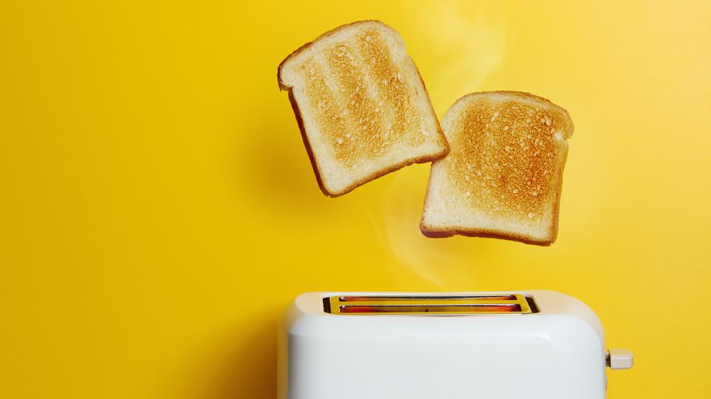 white bread toaster