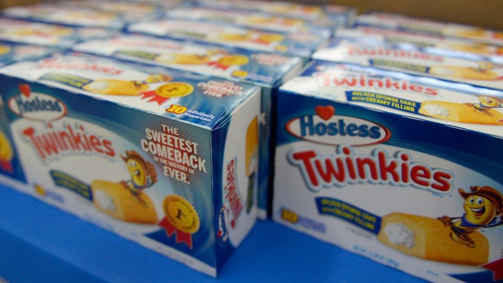 Twinkies on store shelf