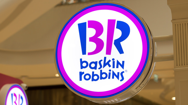 Baskin Robbins store and sign