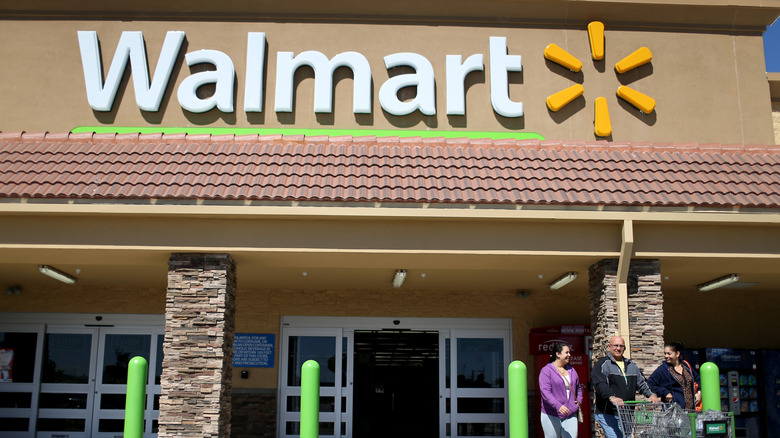 what it's like to work at walmart