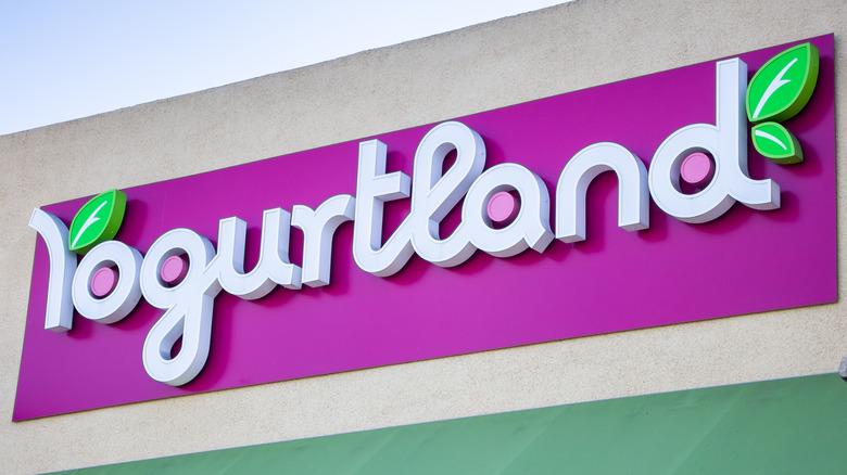 Yogurtland logo on storefront