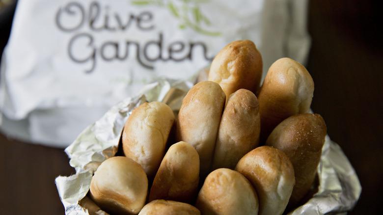 Olive Garden breadsticks