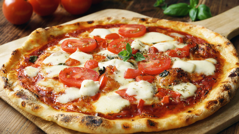 An Italian margarita pizza