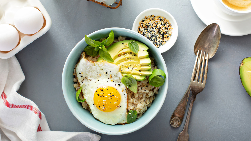 Oats with egg and avocado