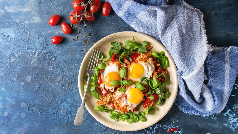 Poached eggs shakshuka