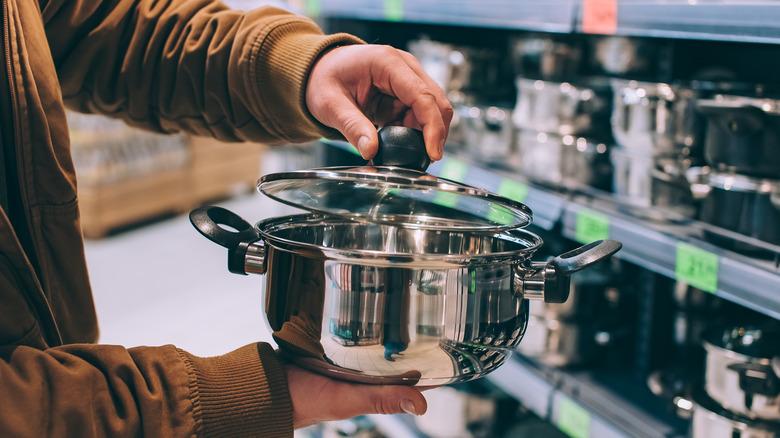 Examining a store's pot
