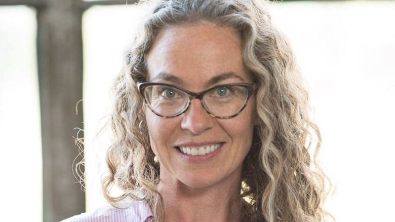 Zoë François wearing glasses